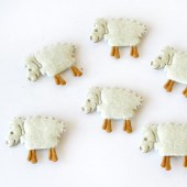 Felt sheep, 32mm, 3 pcs