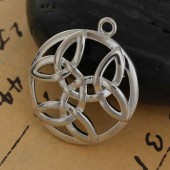 Hanging celtic knot, 29x25mm, 1 pce