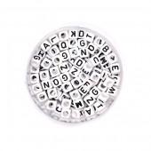 Cuentas de plastica con letras, mix blanco/negro, +/- 300 pz
